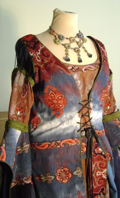 costume collectif - d'inspiration médiévale