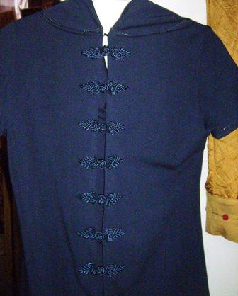 "Robe ""Stella's noche"" (détail dos) et robe ""T-Empiris"""