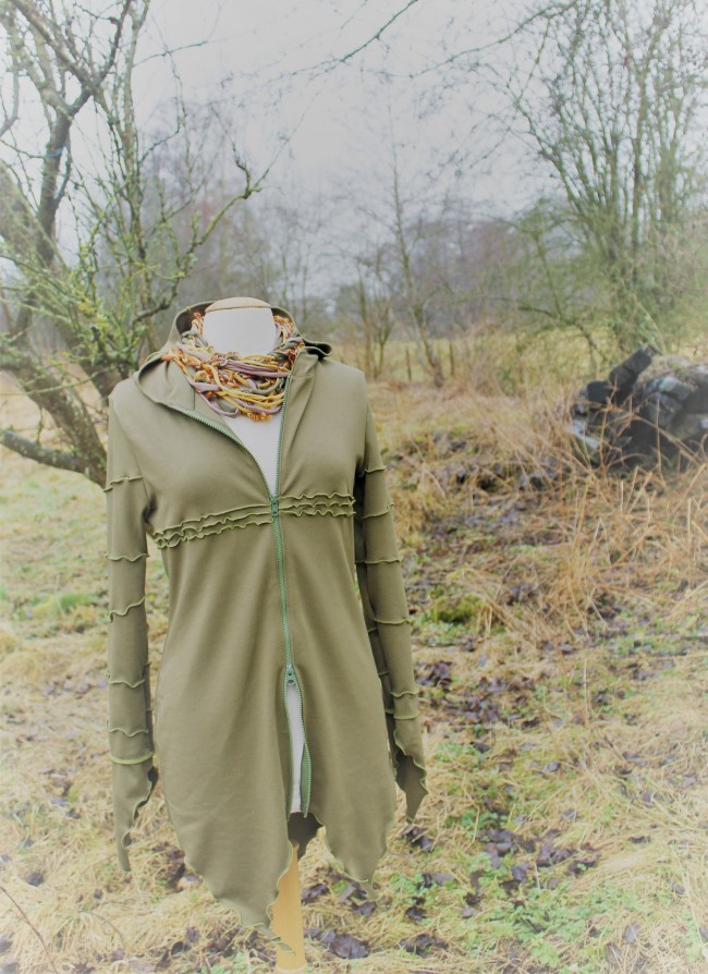 Gilet-Robe vert - de profil (Icarus)